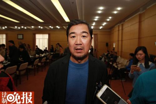 [热点新闻]陈凯歌、张国立两会现场哀悼葛存壮:是伟大艺术家