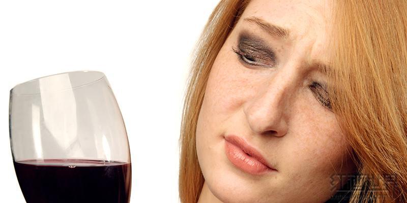 收到这些信号,葡萄酒就不宜再喝了!