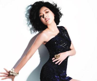 """[热点新闻]20届全球华语榜中榜:四超女争夺\""""内地最佳女歌手\"""""""