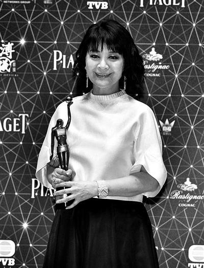 [热点新闻]金燕玲三夺金像奖《泡沫之夏》将上映
