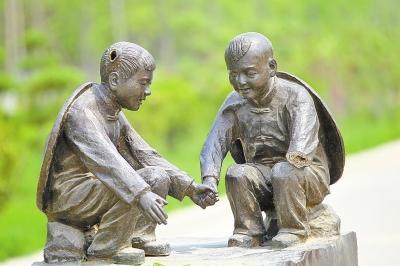郑州生态廊道内铸铜雕塑遭猖獗偷盗 取证各类难