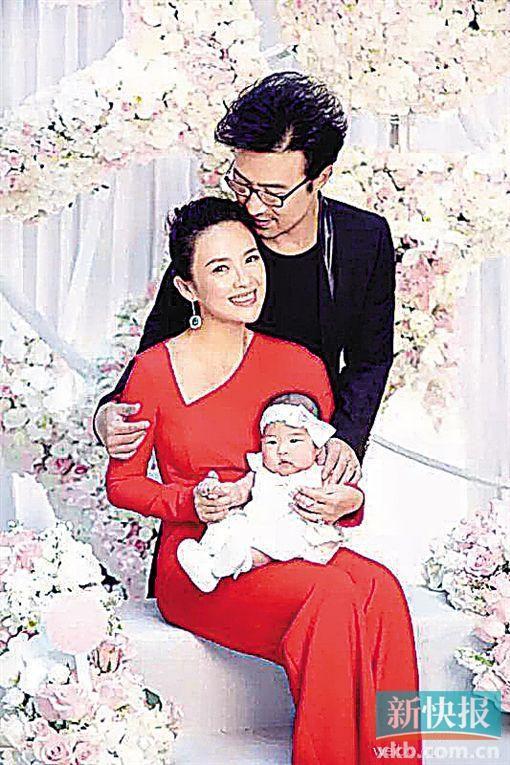 [热点新闻]汪峰章子怡女儿百日宴惊动半个娱乐圈 场景梦幻