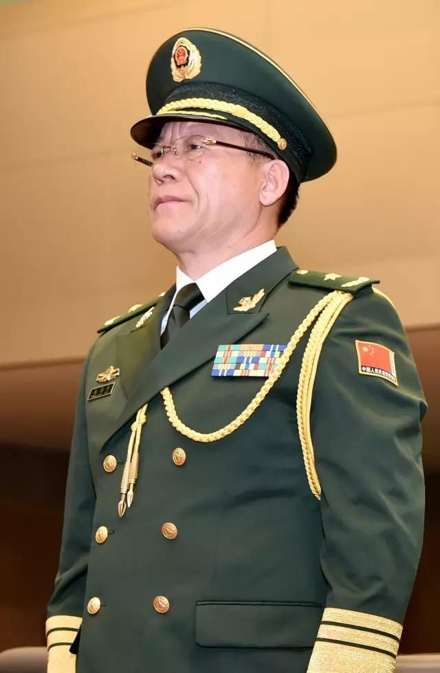 中国武警部队政委_中国武警部队退役少将 武警部队现役少将名单