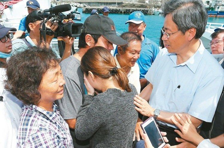 台湾被扣船主返台 盼政府延续护渔:不要1个月就没了