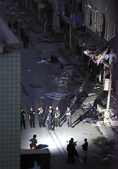 郑州拆迁户行凶致3死1伤 事发地年初强拆曾致多人受伤