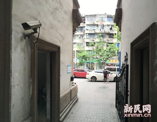 上海一居民家遭窃损失6万 54台监控均瘫痪成摆设
