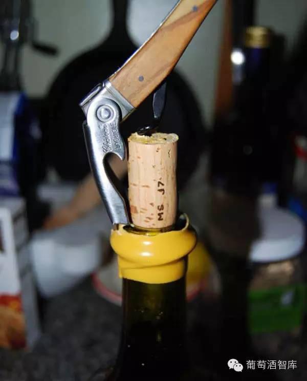蜡封的葡萄酒一定是好酒吗?