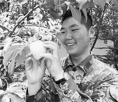 官兵创奇迹:生命禁区年均-3℃种桃树结果