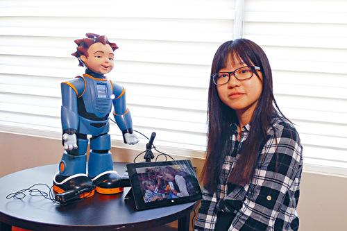 来自武汉大学的本科三年级学生应称,有份参与多大的机械人研发项目。(加拿大《星岛日报》)
