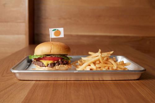 花费8000万元研制的素汉堡。(美国《世界日报》资料图)