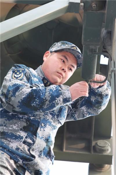 飞行器逼近禁飞区 ,濠江岁月 刘德华军方直升机查证避免严重后果
