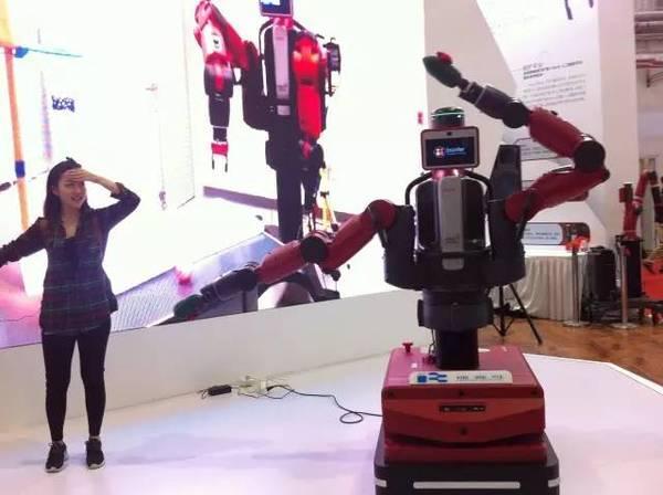 日本美女智能机器人 - 点击图片进入下一页