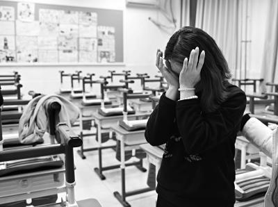 中关村二小学生受伤害事件班主任:望孩子早日回班上课
