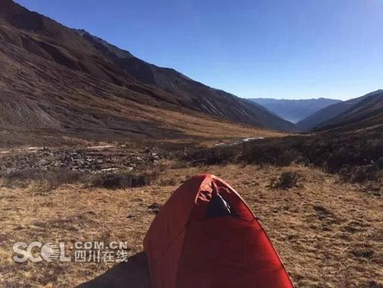 江苏无锡驴友在贡嘎雪山遇难 被《荒野游侠记》节目组发现