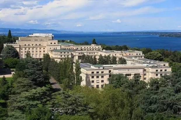习近平离京对瑞士联邦停止国务访问 新年首访有五大看点