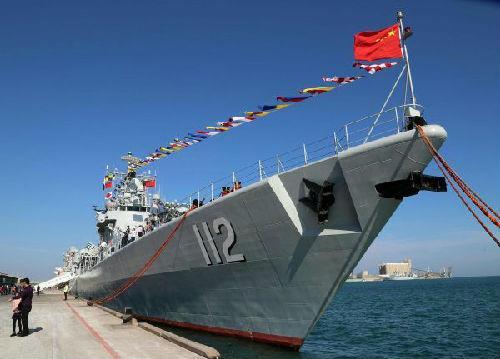 中国护航编队访问海湾四国 美媒:海军实力不断壮大