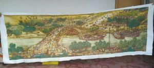 纺织女工2年5万多针绣成清明上河图 断5根针(图)