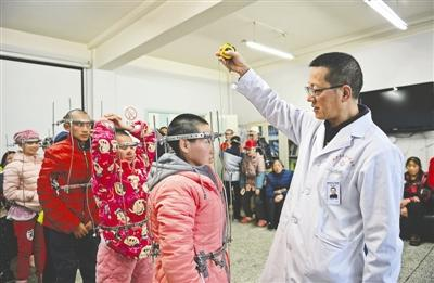 感动中国的医生:我不能拒绝那些被折叠的人生