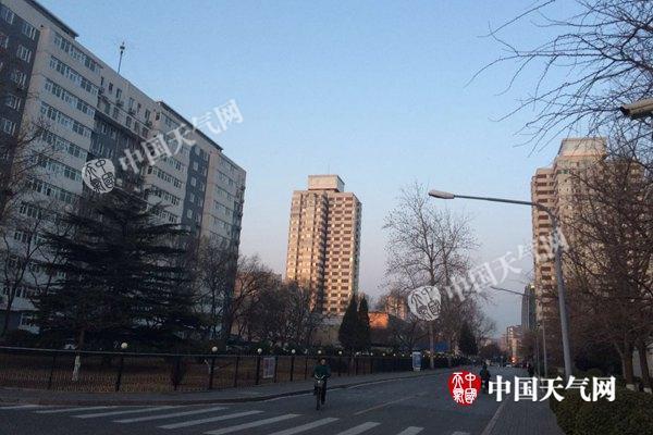 北京大风停歇气温回升 4日夜间又有冷空气来袭
