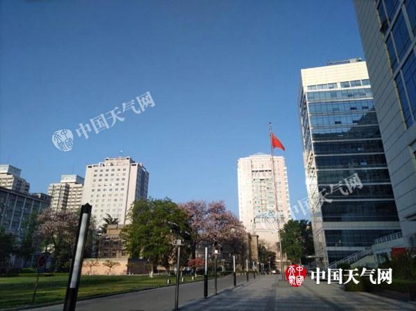 今明天北京升温最高将29℃ 周日有雨半程马拉松或受影响