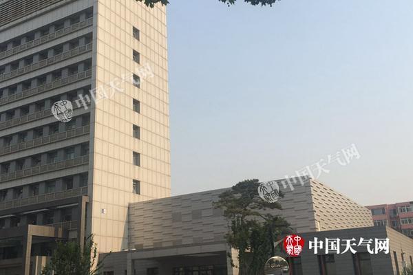 今天北京气温飙至36℃ 周日气温降小雨来