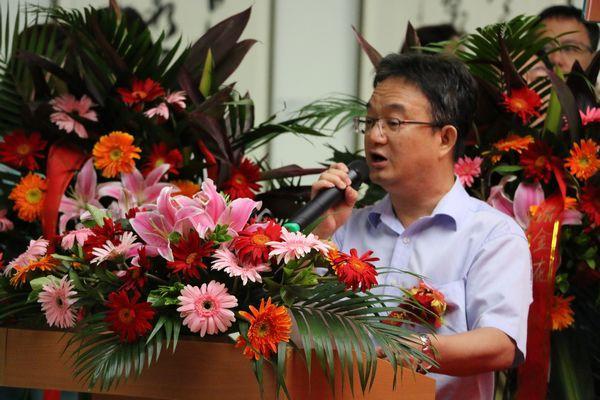 中国文化报社副社长、副总编辑杨胜生致开幕词