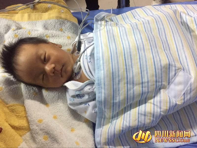茂县山体垮塌:获救的男婴将转院继续接受治疗