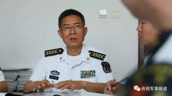 专家55岁参军被授予大校军衔 填补多项技术空白