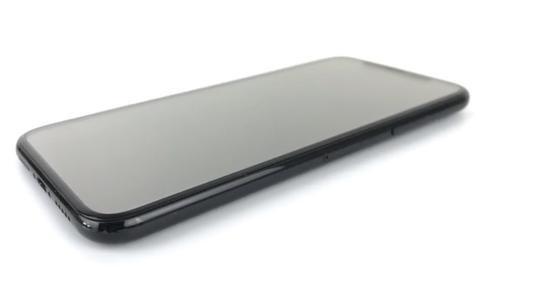"iPhone8或将加入3D面部识别 解锁手机靠""刷脸"""