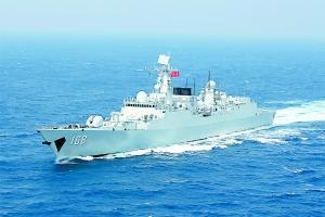 广州人登广州舰:战斗力杠杠的 安全感大大的(图)