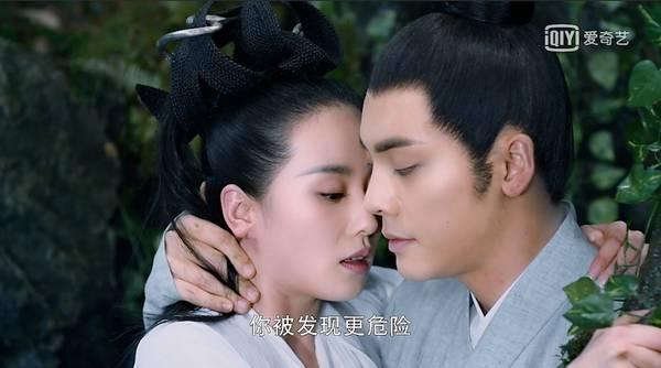 陳偉霆自曝對愛不夠專注 劉詩詩讚其劇中很貼心