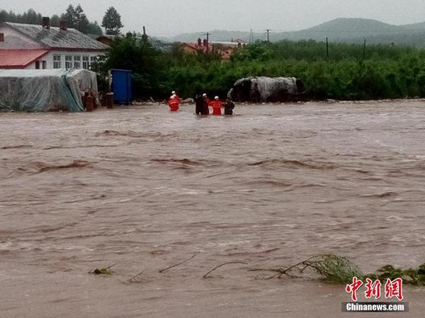 东北华北遭遇强降雨 浙江上海等易中暑