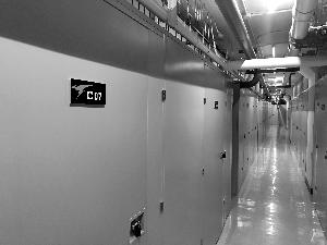 地下群租房变身自助仓储间 门口设人脸识别系统