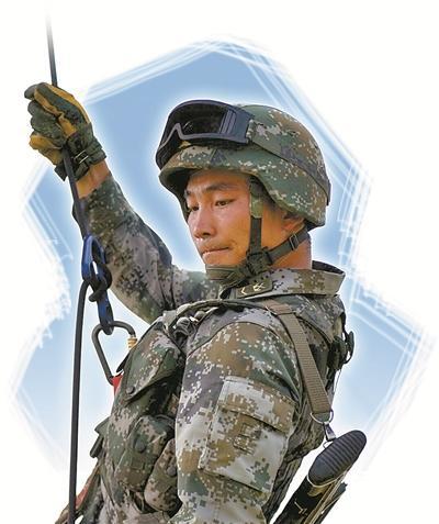 解放军机降步兵15米高3秒速降 练不到3个月沙场检阅