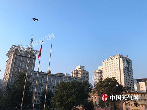 北京今日晴好早晚凉 7日有雨8日阴