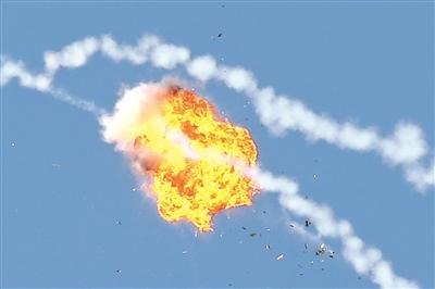 火球腾空!中国空军地空导弹部队比武掠影(组图)