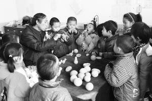 泥模泥哨泥绣球……民间艺人希望古老手艺不失传