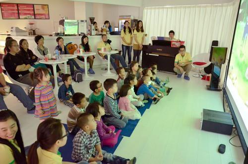 """美记者感受中国""""冷酷""""幼儿教育:激励学生更规矩"""