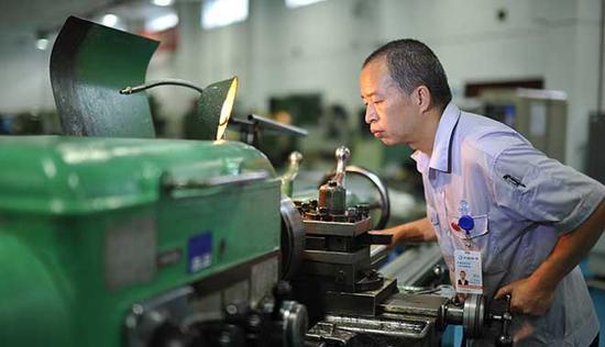 中国航发车工大王解决螺纹环规难题合格率30%变99%