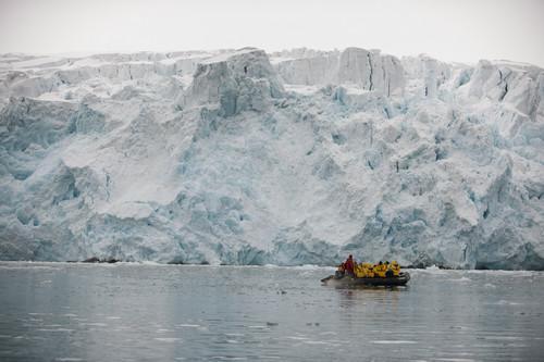 中芬商谈在北极海底铺光缆 中国或获进入北极新入口