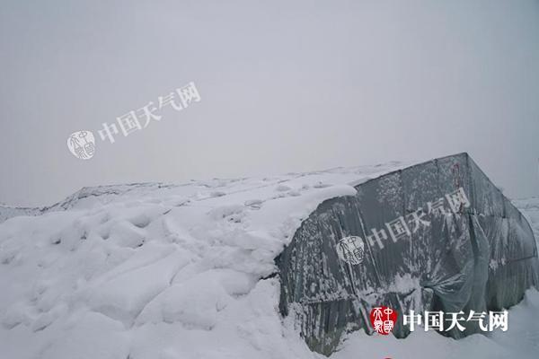 湖北暴雪致交通受阻近10万人受灾 明天大风雨雪再来袭