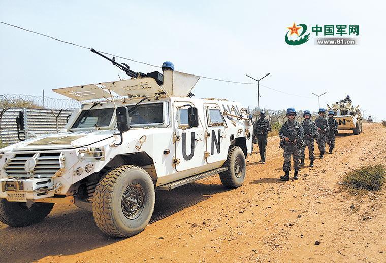 惊心动魄!中国维和官兵成功驱离荷枪实弹武装人员