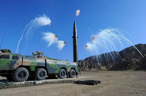 火箭军某导弹旅学习十九大精神 奏响新时代强军战歌