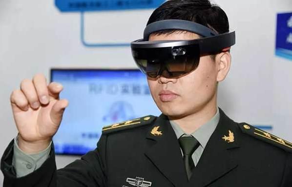 科技兴军走进东部战区科技成果展