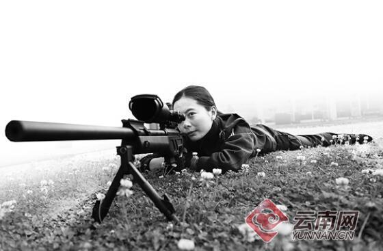 希望永不开一枪 云豹突击队女狙击手默默守护昆明