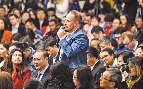 国际投资机构认为:中国两会为改革营造有利环境