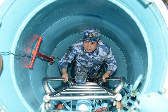 艇长潜艇义务|南海舰队潜艇出海百天与外军对抗数十次摆脱围堵