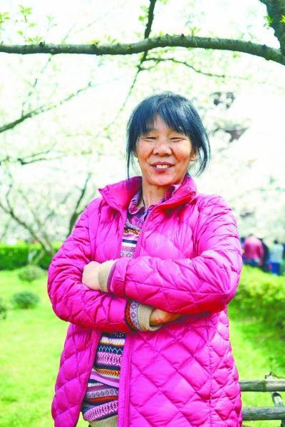 武汉50岁聋哑母亲离家无音讯 怀孕女儿急寻线索杜拉拉升职记分集介绍