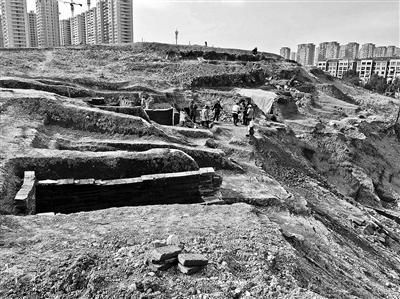 萧山古墓群损毁严重 文物贩子每块200元兜售汉墓砖舌尖上的中国廖排骨