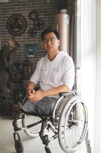 """北川中学90后幸存者:""""夹缝男孩""""和他的同学们军衔制起源于何时"""